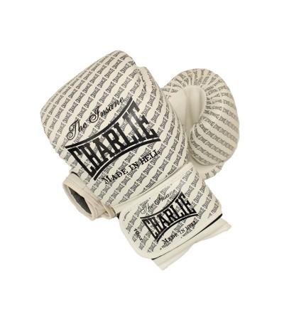 Guantes boxeo de Charlie modelo Blast en color blanco disponibles en Bushi Sport.