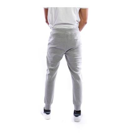 Pantalón de chándal en color gris claro. Bushi Sport.
