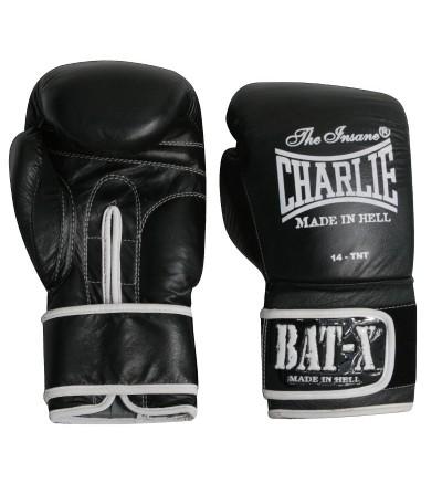 Guantes boxeo en piel. Color negro. Modelo Bat-X. Marca Charlie. Bushi Sport, tu tienda de boxeo.