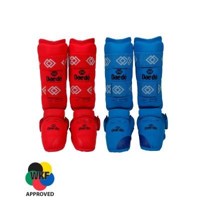 Espinilleras homologadas WKF. Rojo, azul. Bushi Sport